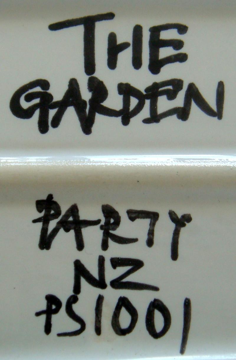 The Garden Party platter Dsc09414