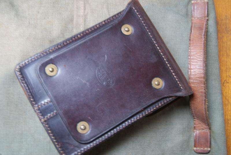 Porte-chargeurs cuir M1911 Dsc06118