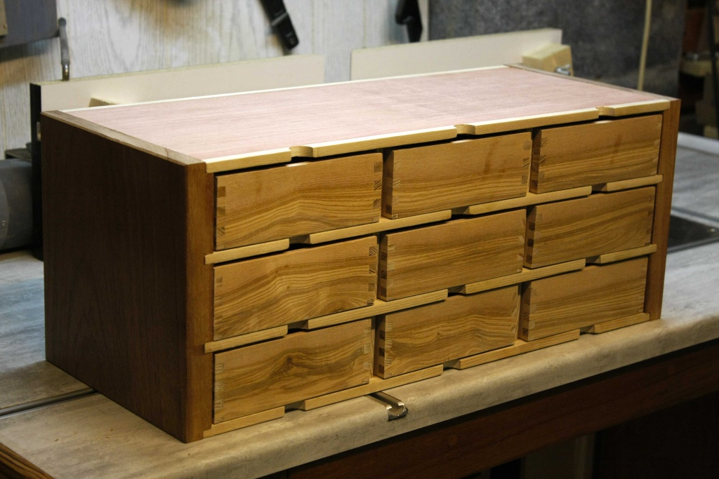 [Fabrication] Un meuble à 9 tiroirs Atagar10