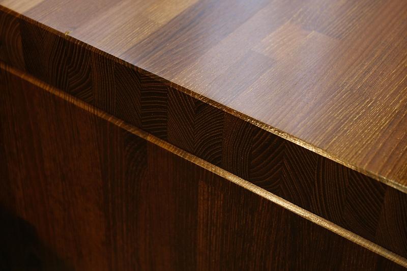 [Fabrication] Table de salon en Robinier étuvé - Page 3 Brilla12
