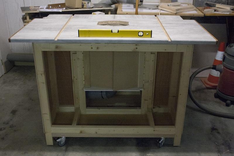 [Fabrication] Nouvelle Table de défonceuse Debout10