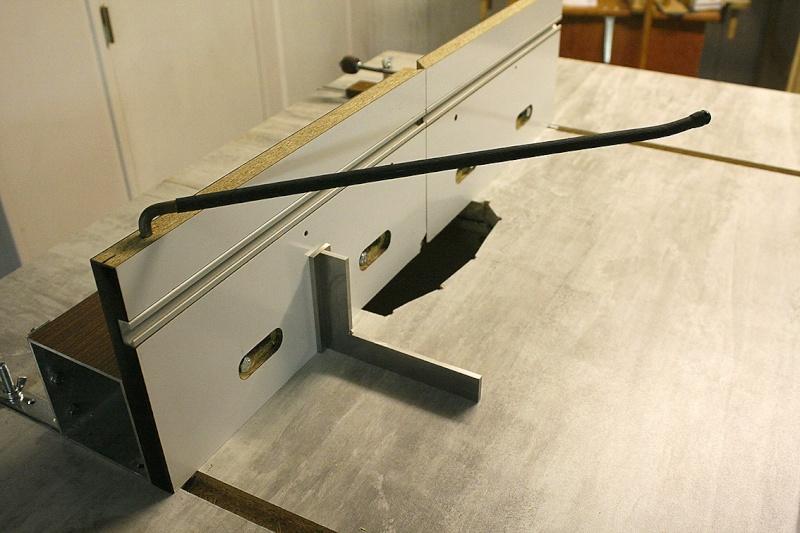 [Fabrication] Nouvelle Table de défonceuse Equerr12