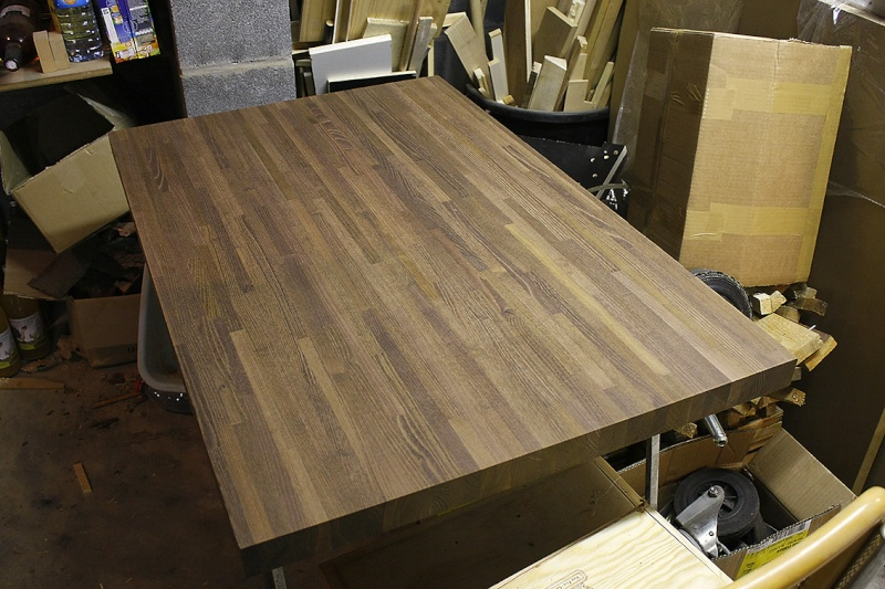 [Fabrication] Table de salon en Robinier étuvé Un-pla10