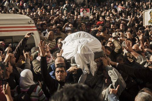 La crise égyptienne et ses enjeux - Page 2 43397910