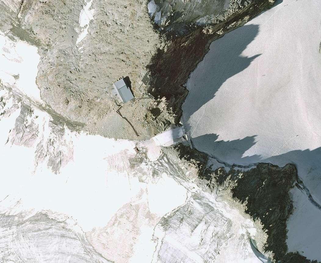 Recul glaciaire et ses conséquences. - Page 3 Bache10