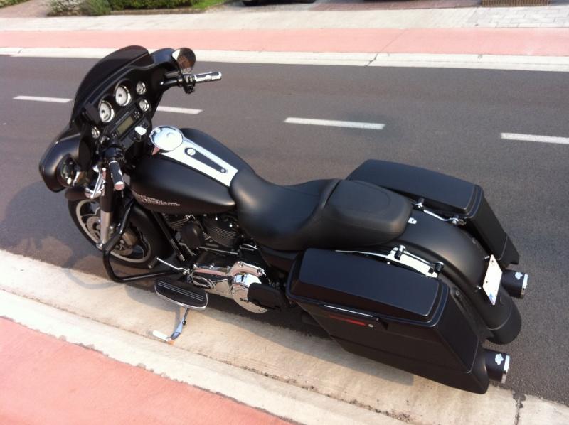 combien de STREET GLIDE  sur le forum Passion-Harley - Page 4 Img_0810