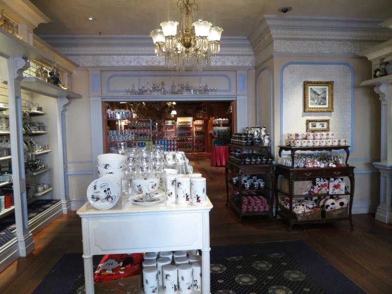 Descriptif des boutiques du Parc Disneyland (en construction) Img_1814
