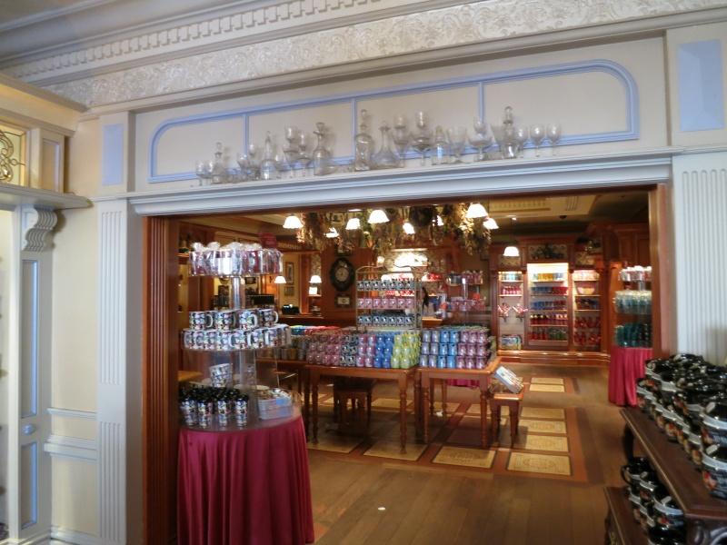 Descriptif des boutiques du Parc Disneyland (en construction) Img_1820