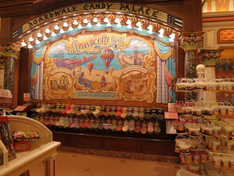 Descriptif des boutiques du Parc Disneyland (en construction) Img_1925