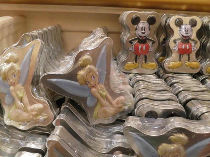 Descriptif des boutiques du Parc Disneyland (en construction) Img_1930