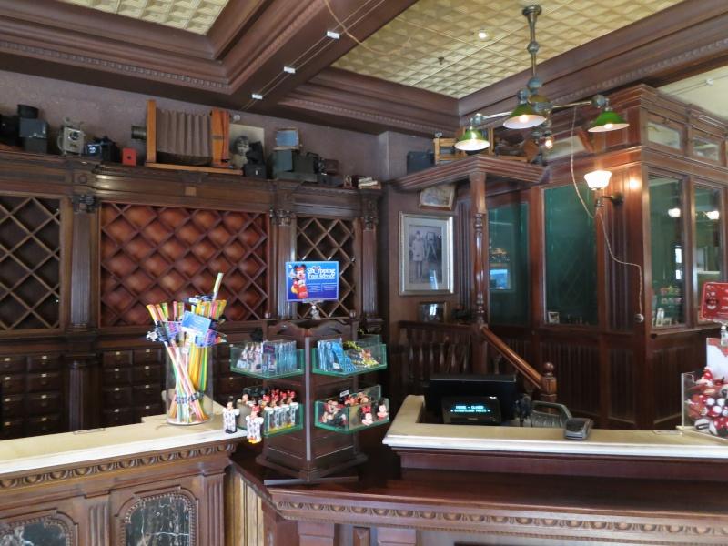 Descriptif des boutiques du Parc Disneyland (en construction) Img_4413