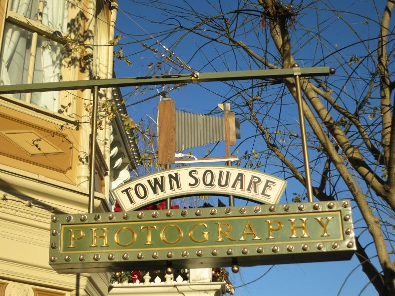 Descriptif des boutiques du Parc Disneyland (en construction) Img_4512