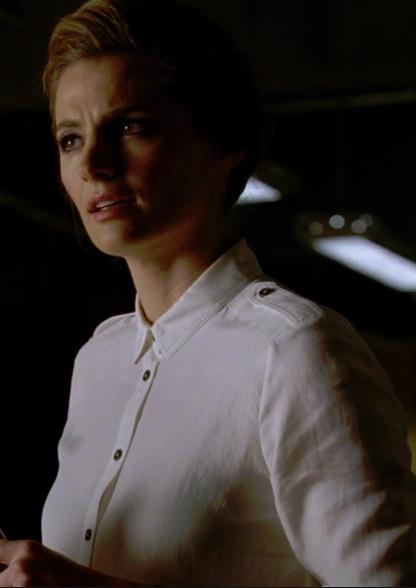 THE CASTLE CLOSET: BECKETT AND THE WHITE SHIRTS OF WOE? Scared10