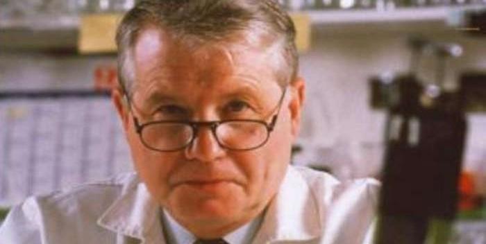 Pr. Luc Montagnier, co-découvreur du vih : « La recherche doit se poursuivre, y compris avec les plantes médicinales » Rasist10