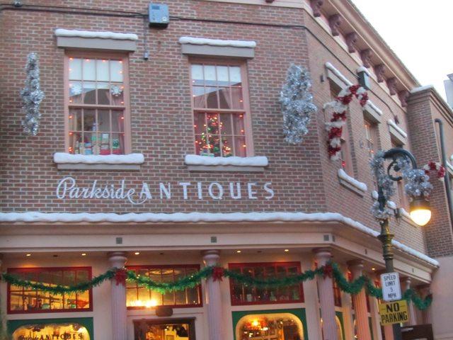 La saison de Noël idéale à Disneyland Paris  Ajudlm10