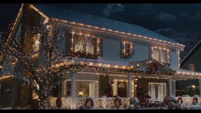 La saison de Noël idéale à Disneyland Paris  Home_s10