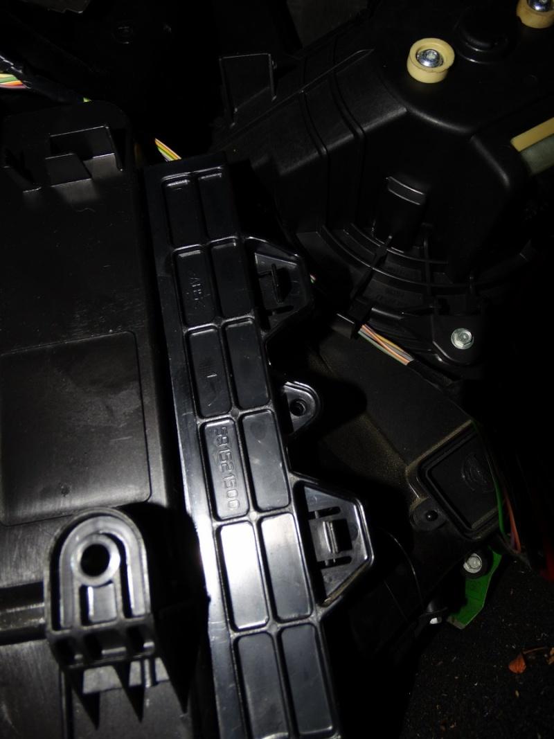 filtre habitacle sur bravo 2 Dsc00922