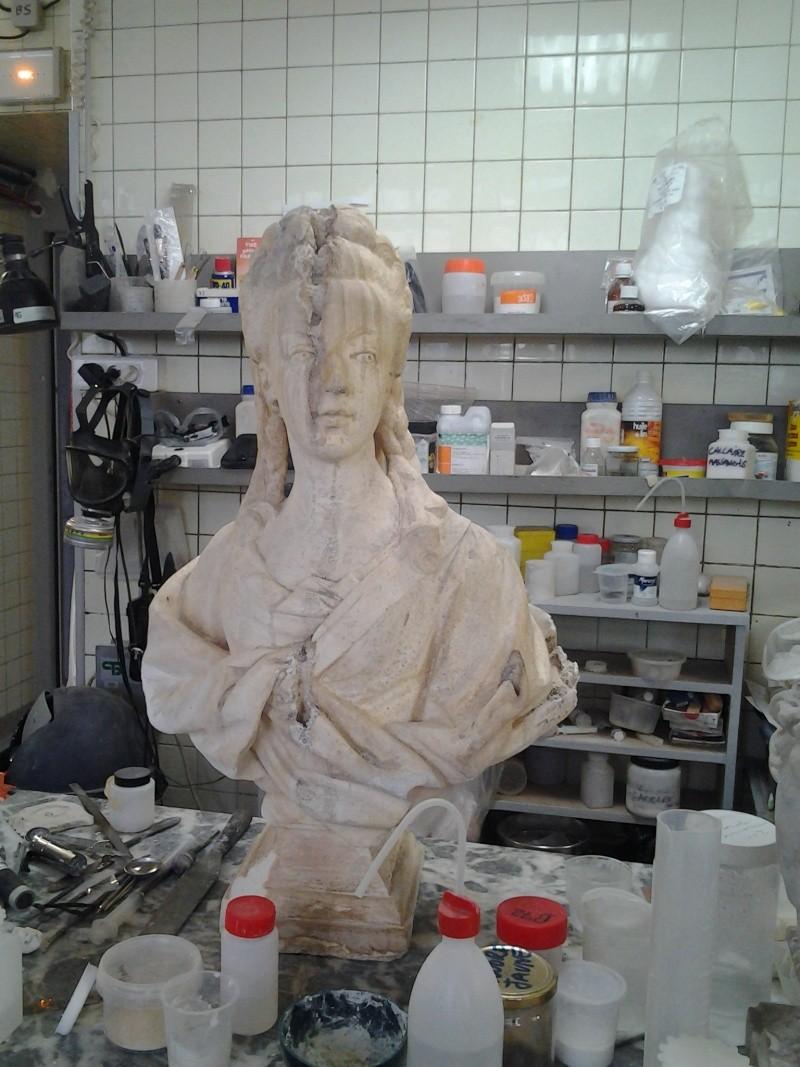 Visite à l'atelier de restauration des sculptures du C2RMF 103310