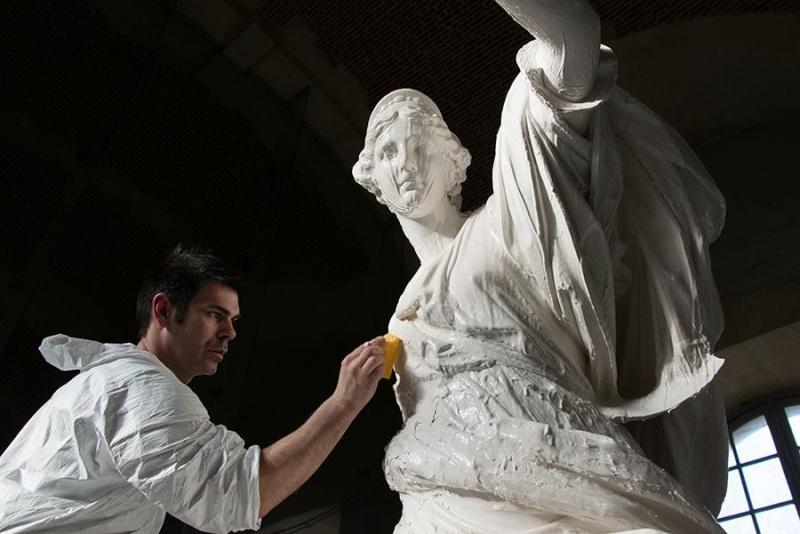 Visite à l'atelier de restauration des sculptures du C2RMF 19474810