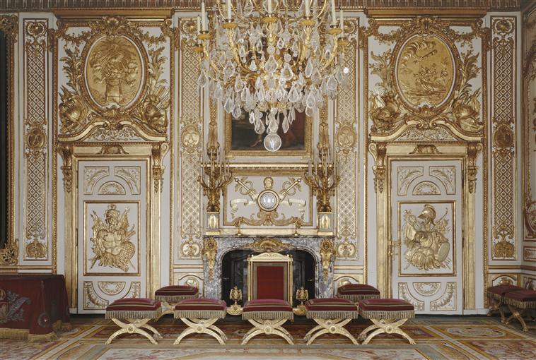 """""""L'ombre d'un doute""""  Mercredi 27 novembre, à Fontainebleau. 99-00210"""