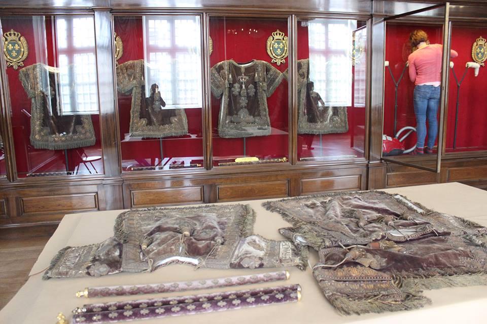 Splendeurs des sacres royaux  - Reims - Palais du Tau   - Page 2 Reims110