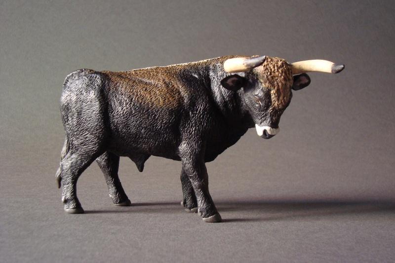 Modeling an auroch bull - Page 2 Dsc04010