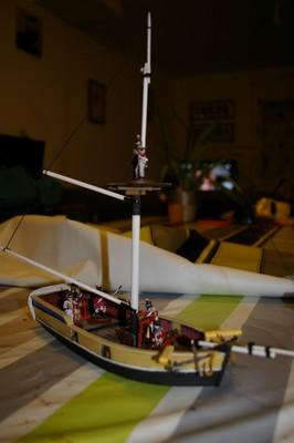 marin anglais et navire so british!!!!! Hms_ha13