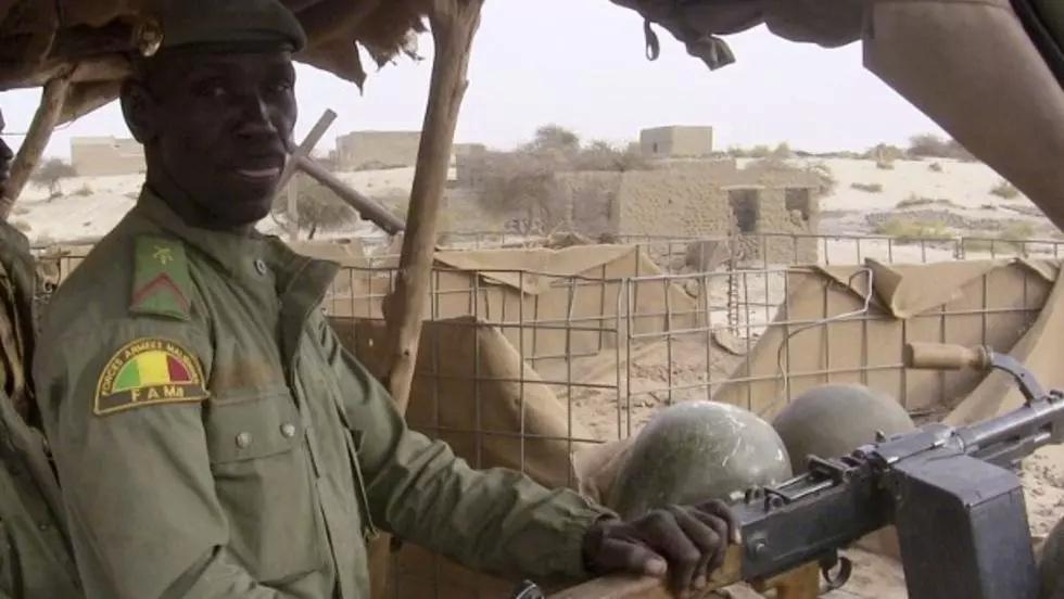 le Sahel zone de non-droit - Page 35 000_a610