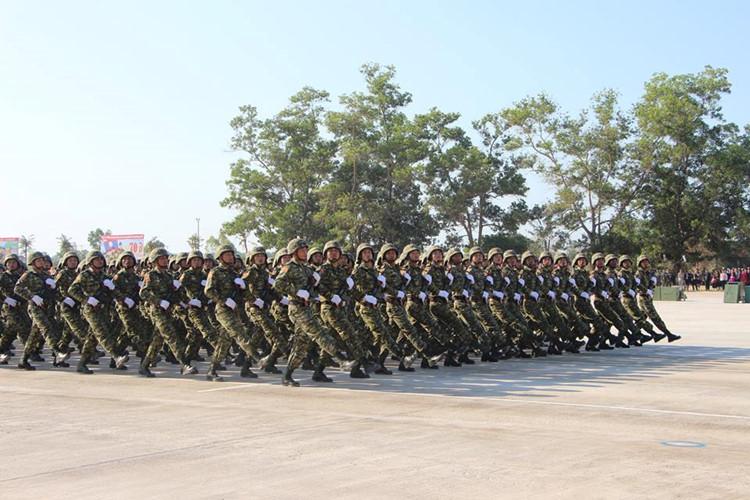 L'Armée populaire lao / forces armées du Laos 00b11