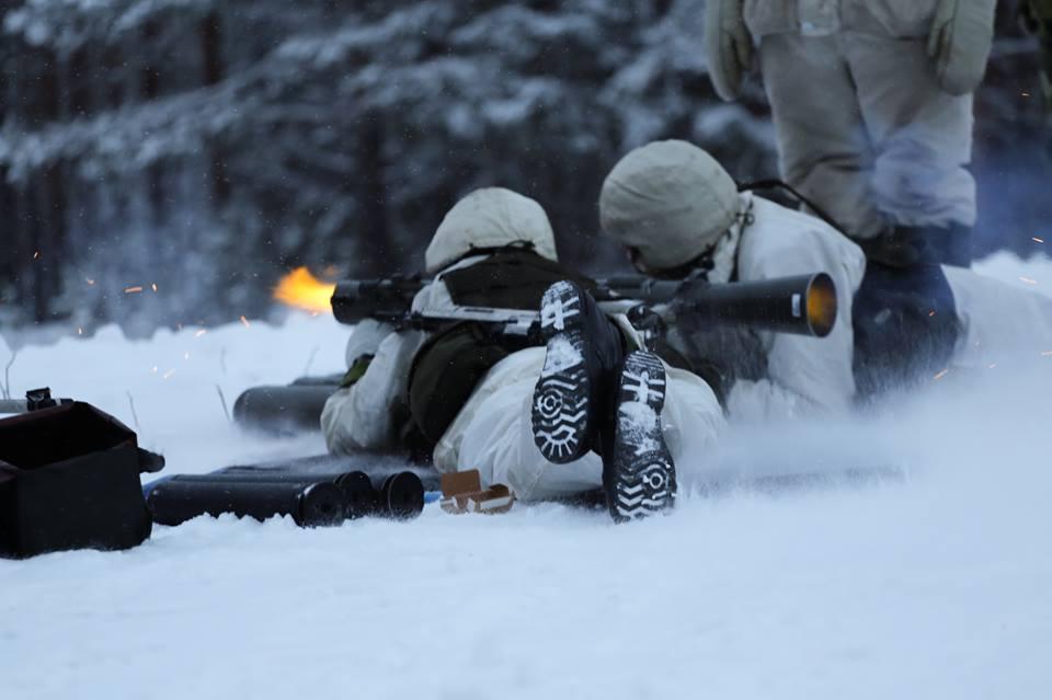 Swedish Armed Forces/Försvarsmakten - Page 13 00b13