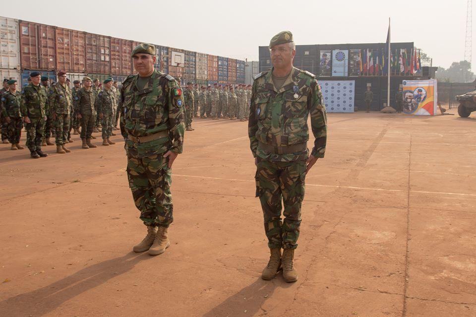 Intervention militaire en Centrafrique - Opération Sangaris - Page 40 00b1716