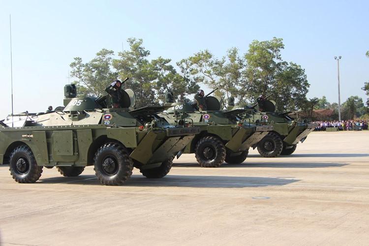L'Armée populaire lao / forces armées du Laos 00b210