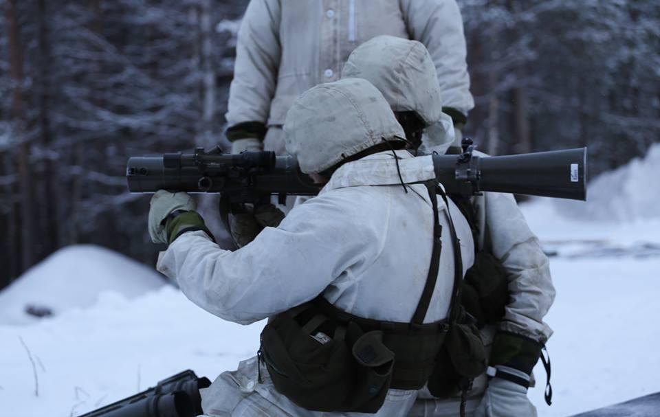 Swedish Armed Forces/Försvarsmakten - Page 13 00b212
