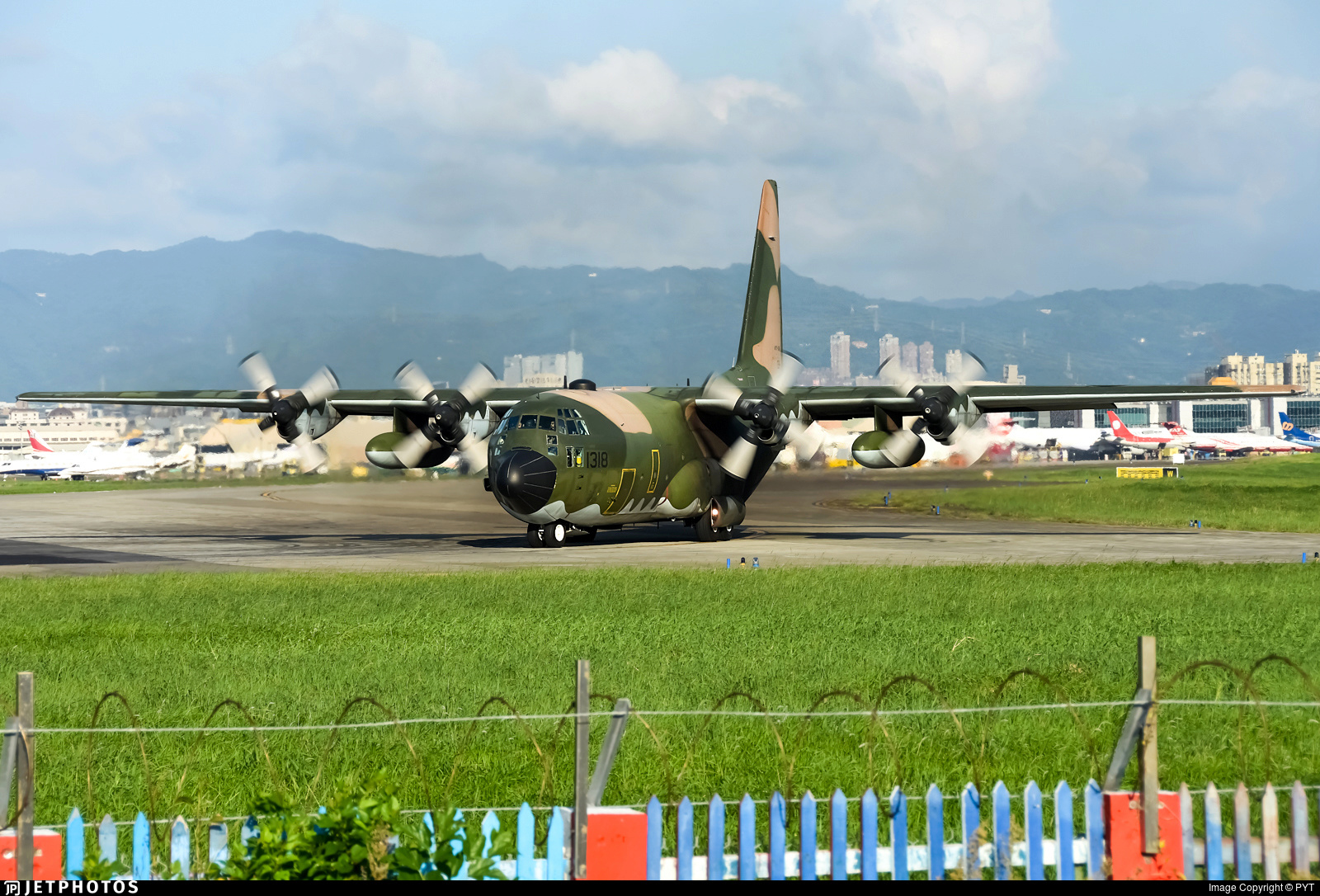 Armée Taiwanaise / Republic of China Armed Forces(ROCAF) - Page 18 00b422