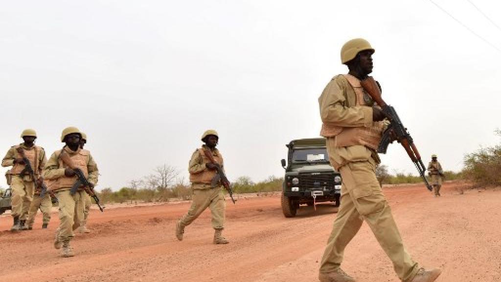 le Sahel zone de non-droit - Page 27 00b425
