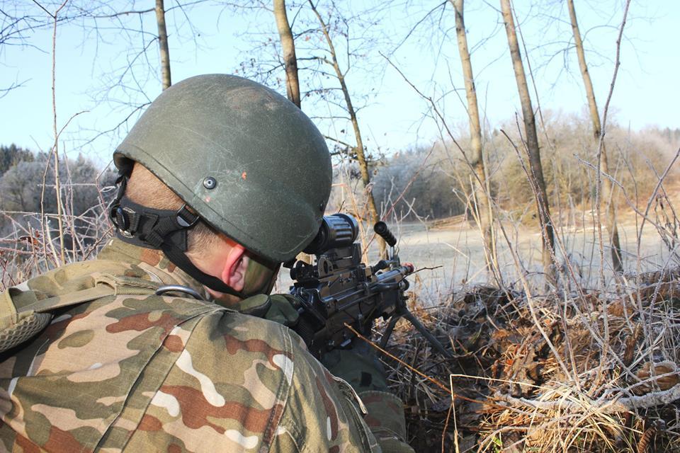 Slovenian Armed Forces / Slovenska vojska - Page 3 00b554