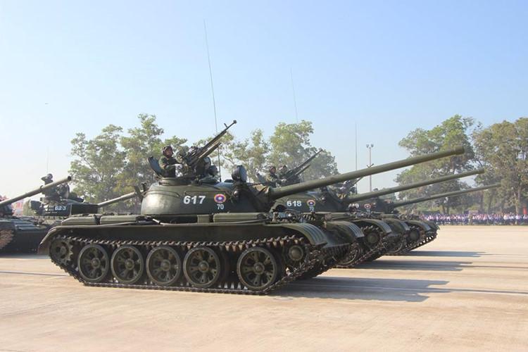 L'Armée populaire lao / forces armées du Laos 00b610