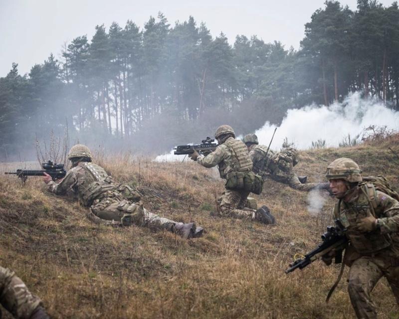 Armée Britannique/British Armed Forces - Page 13 00b625