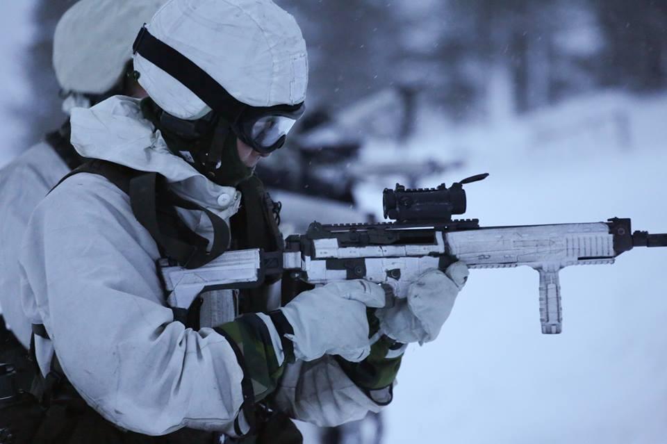 Swedish Armed Forces/Försvarsmakten - Page 13 00b711