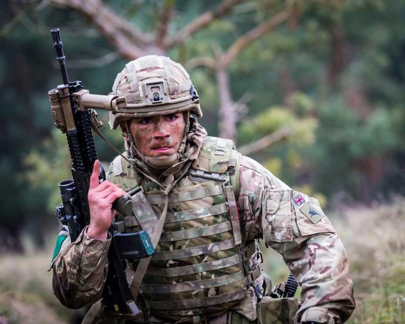 Armée Britannique/British Armed Forces - Page 13 00b723