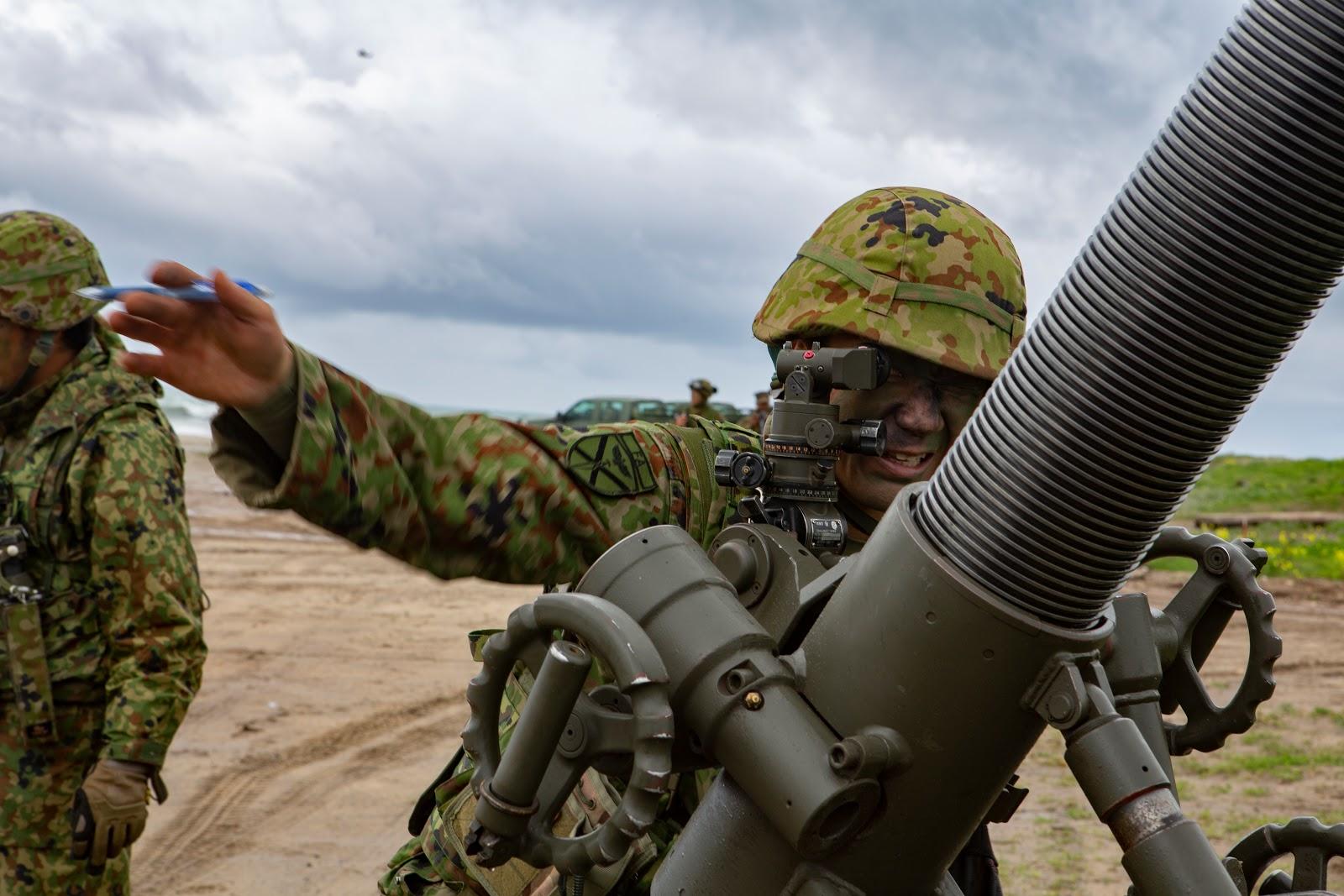Armée Japonaise/Japan Self-Defense Forces - Page 28 00b8a18