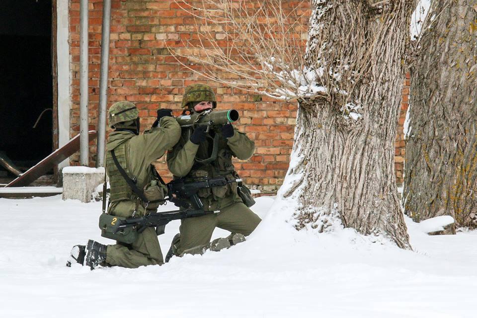 Armée lituanienne/Lithuanian Armed Forces - Page 6 00b8b23