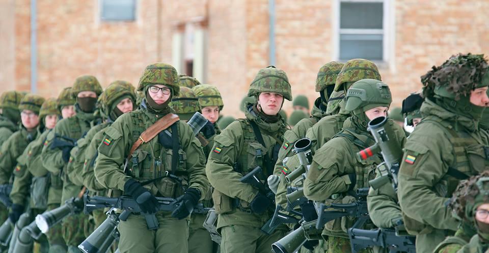 Armée lituanienne/Lithuanian Armed Forces - Page 6 00b8d12