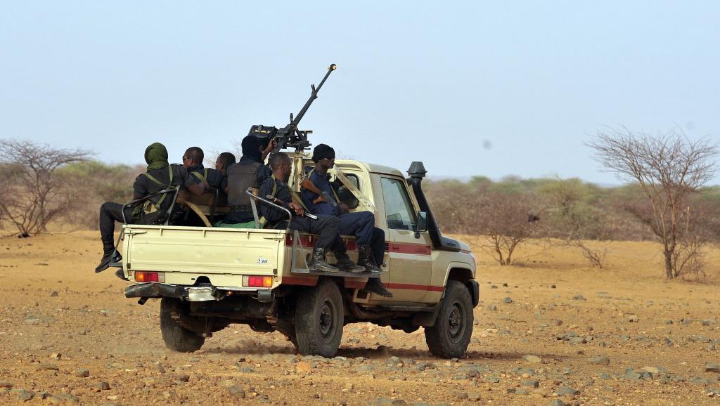 le Sahel zone de non-droit - Page 27 00b8h25