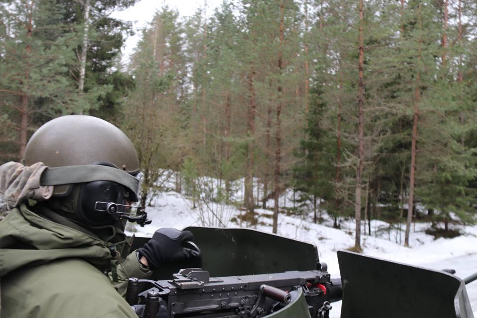 Armée lituanienne/Lithuanian Armed Forces - Page 6 00b8h66