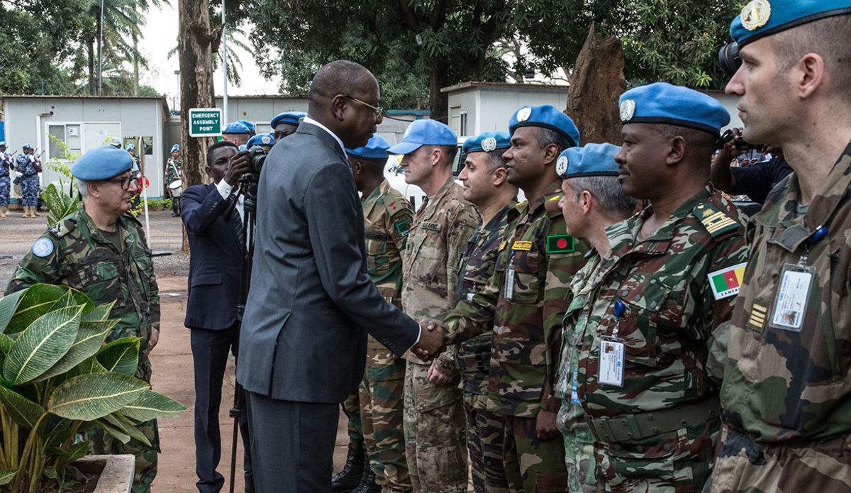 Intervention militaire en Centrafrique - Opération Sangaris - Page 40 00b8h79