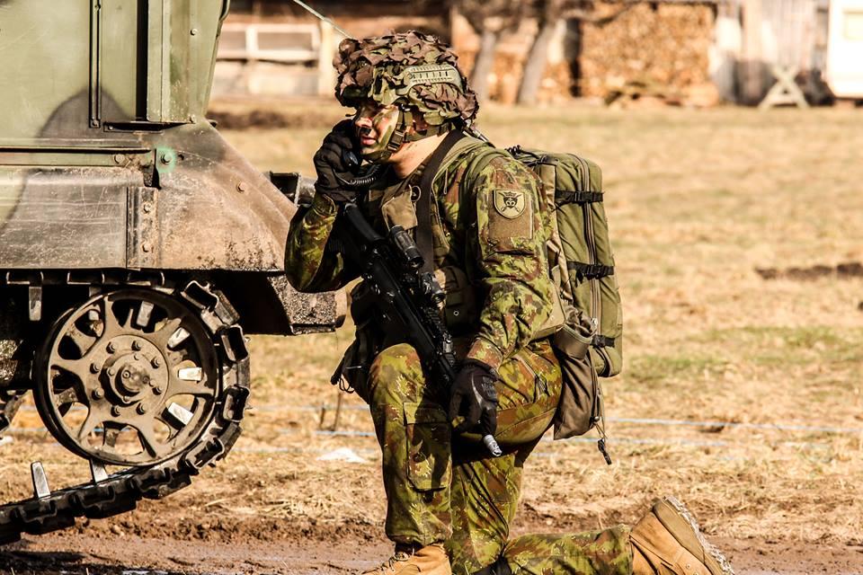 Armée lituanienne/Lithuanian Armed Forces - Page 6 00b8j123