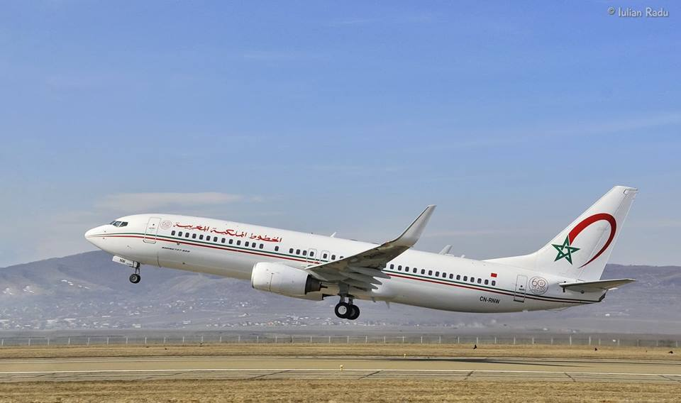 Royal Air Maroc - Page 23 00b8j133