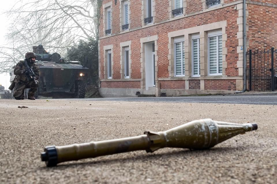 Armée Française / French Armed Forces - Page 2 00b8j56