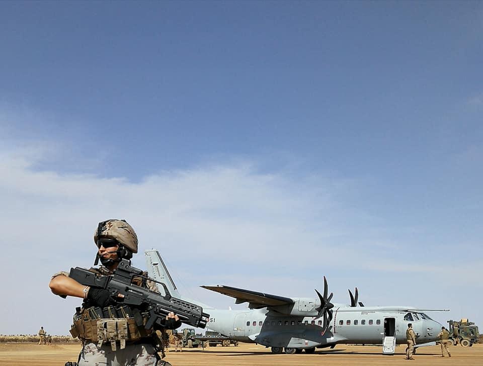 Intervention militaire au Mali - Opération Serval - Page 20 00b926